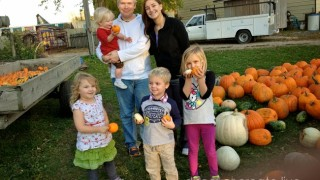 Heartland-Farms-Pumpkin-Patch-14-114